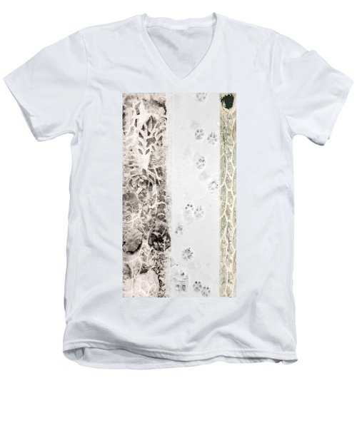 Puppy Prints In The Snow Men's V-Neck T-Shirt