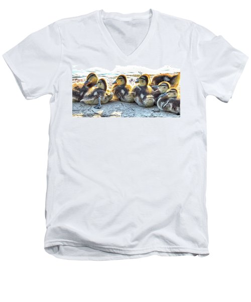 Quacklings Men's V-Neck T-Shirt