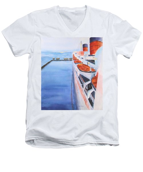 Queen Mary From The Bridge Men's V-Neck T-Shirt