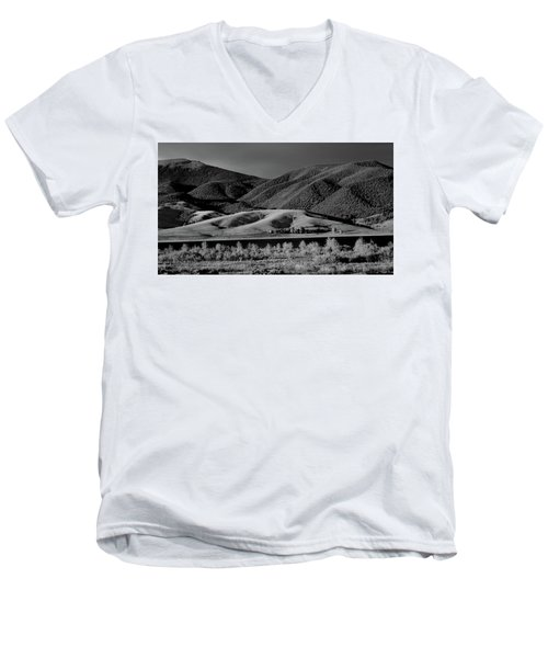 Men's V-Neck T-Shirt featuring the photograph Radiant by Brian Duram