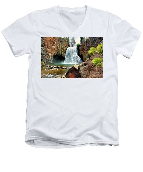 Rainbow Falls 15 Men's V-Neck T-Shirt