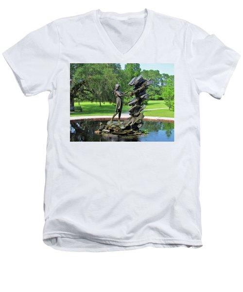 Raphell Men's V-Neck T-Shirt
