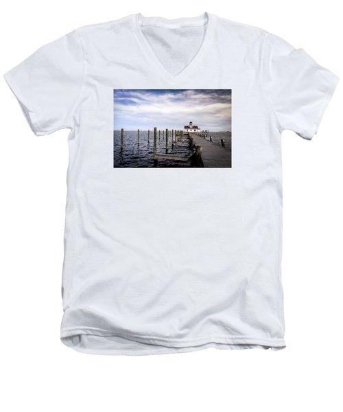 Roanoke Lighthouse - Manteo North Carolina Men's V-Neck T-Shirt