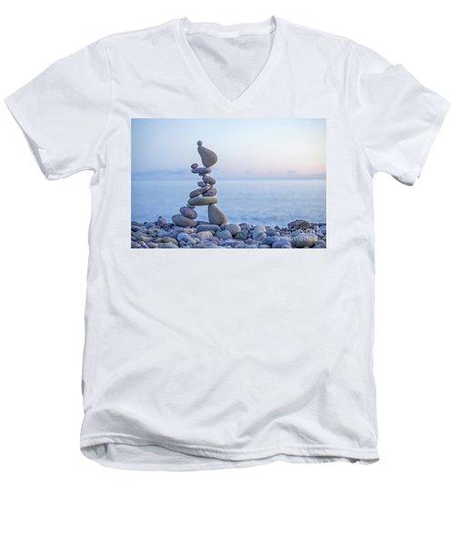 Rockitsu Men's V-Neck T-Shirt