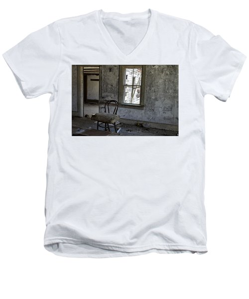 Room Of Memories  Men's V-Neck T-Shirt