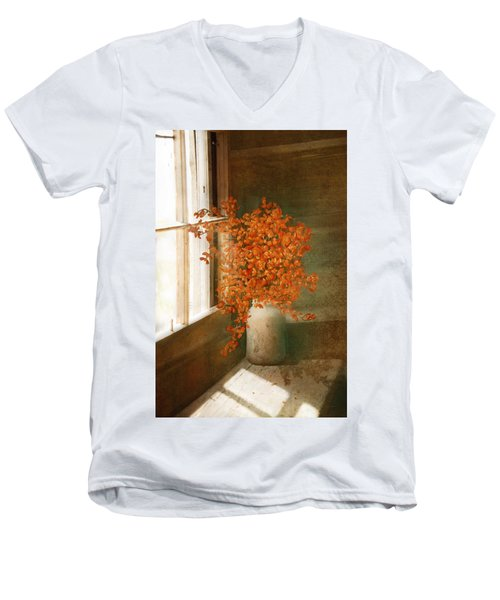 Rustic Bouquet Men's V-Neck T-Shirt