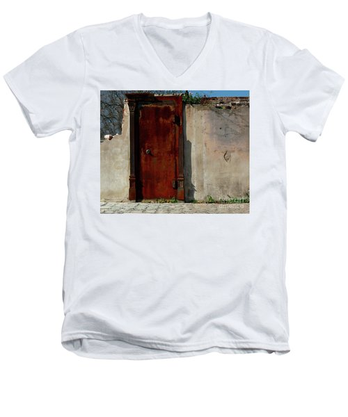 Men's V-Neck T-Shirt featuring the photograph Rustic Ruin by Lori Mellen-Pagliaro