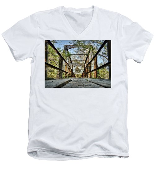 Englewood Bridge Men's V-Neck T-Shirt
