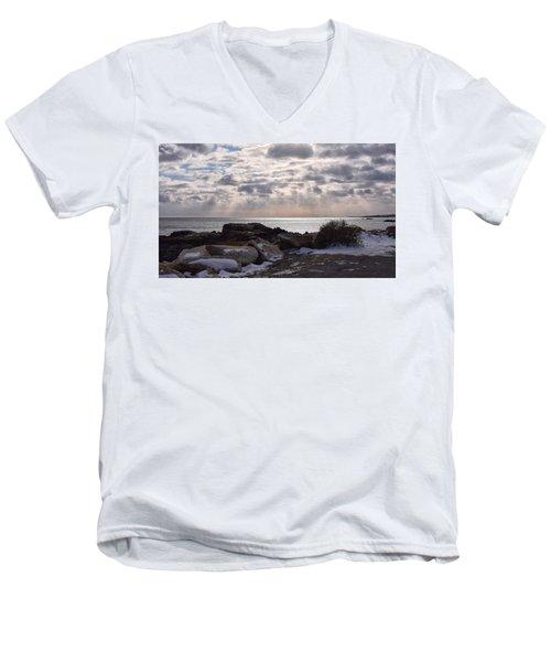 Rye In Winter Men's V-Neck T-Shirt