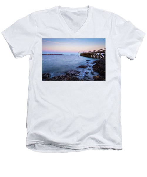 Salem Willows Sunset Men's V-Neck T-Shirt