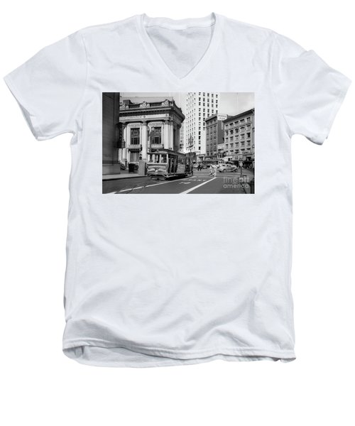San Francisco Cable Car During Wwii Men's V-Neck T-Shirt