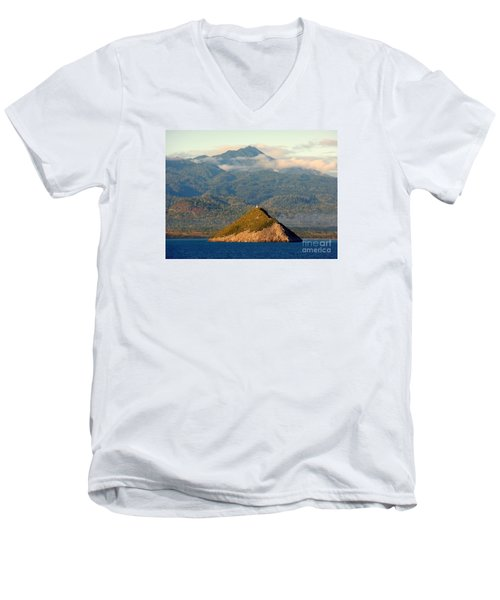 Sao Tome Africa Harbor Men's V-Neck T-Shirt