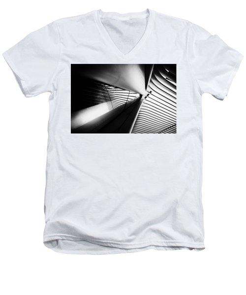 Scale Out Men's V-Neck T-Shirt