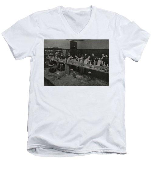Science 28 Men's V-Neck T-Shirt