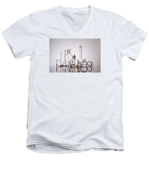 Scientific Glassware Men's V-Neck T-Shirt