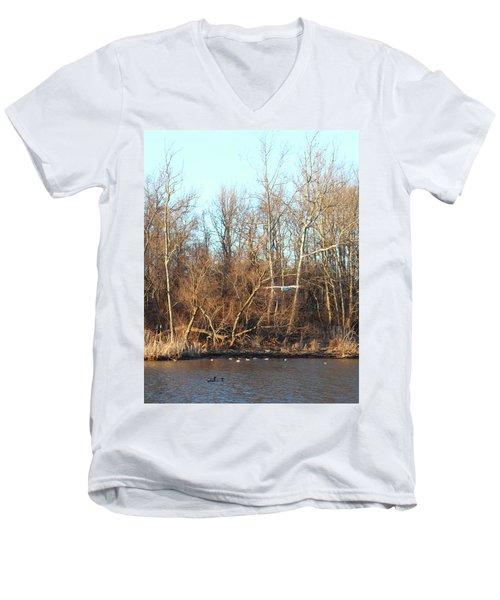 Seagull Flying Men's V-Neck T-Shirt