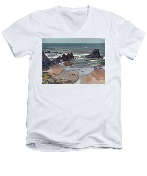 Seal Rock Oregon Men's V-Neck T-Shirt