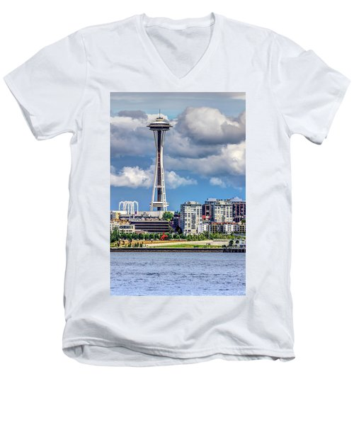 Seattle Space Needle Hdr Men's V-Neck T-Shirt