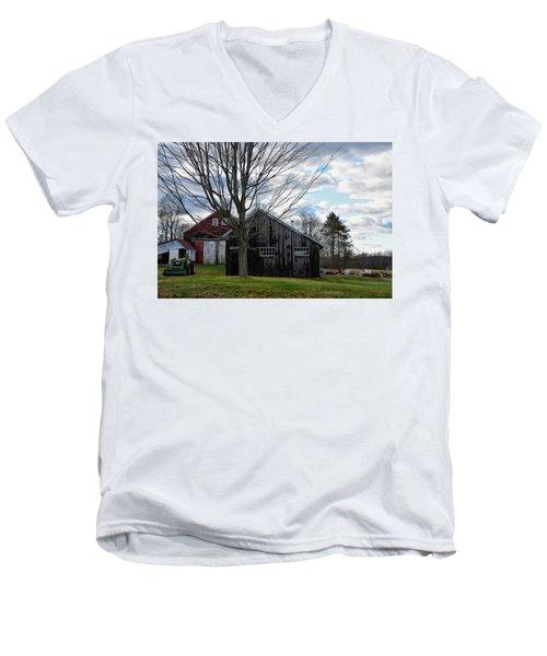 Shaw Hill Farm Men's V-Neck T-Shirt