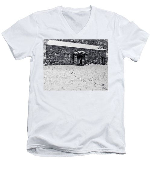 Men's V-Neck T-Shirt featuring the photograph Shepherds Cottage by Keith Elliott