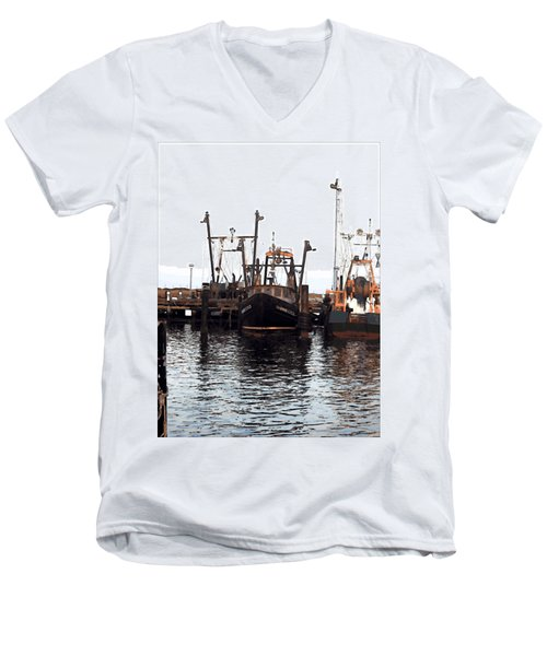 Men's V-Neck T-Shirt featuring the digital art Shinnecock Painting by  Newwwman