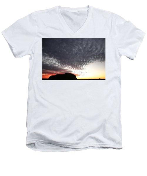 Silhouette Of Uluru At Sunset Men's V-Neck T-Shirt
