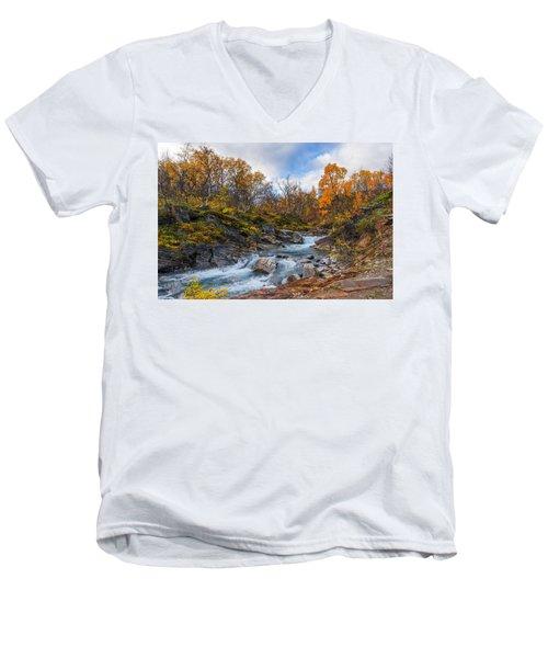 Silverfallet Men's V-Neck T-Shirt