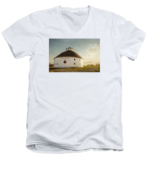 Singleton Round Barn Men's V-Neck T-Shirt
