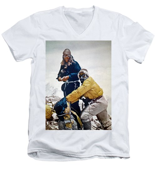 Sir Edmund Hillary Men's V-Neck T-Shirt