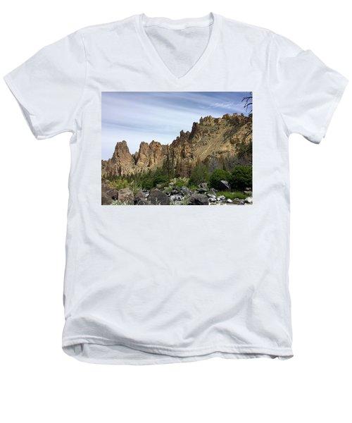 Smith Rocks Men's V-Neck T-Shirt