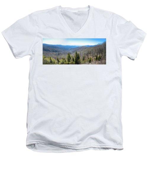 Smokey Mountains Pan Men's V-Neck T-Shirt