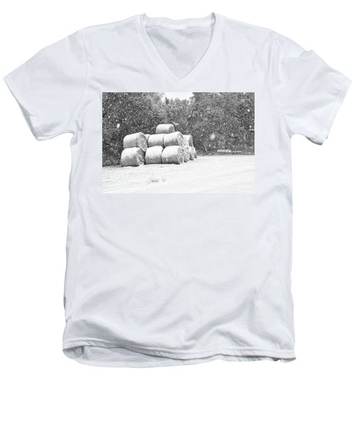 Snow Covered Hay Bales Men's V-Neck T-Shirt