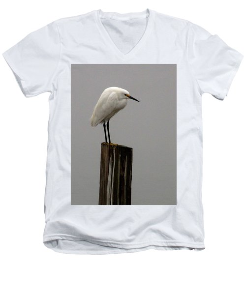 Snowy Egret In The Fog  Men's V-Neck T-Shirt