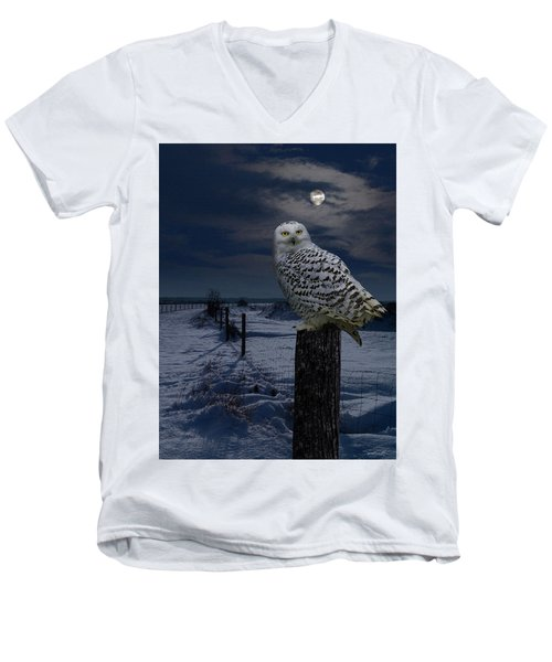 Snowy Owl On A Winter Night Men's V-Neck T-Shirt