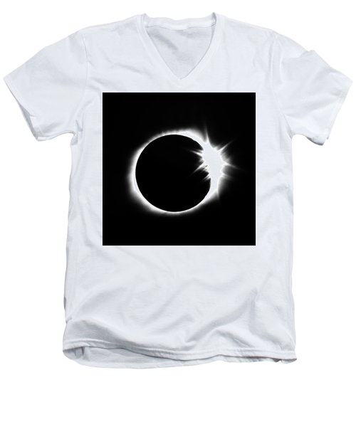 Solar Eclipse Men's V-Neck T-Shirt