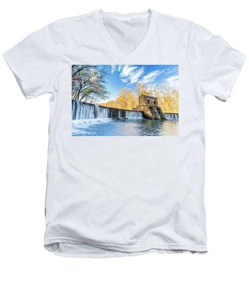 Speedwell Dam Waterfall Men's V-Neck T-Shirt