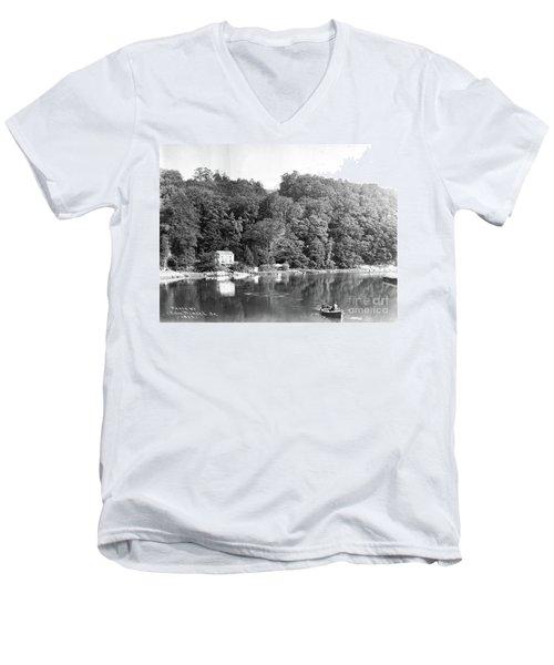Spuyen Duyvil, 1893 Men's V-Neck T-Shirt