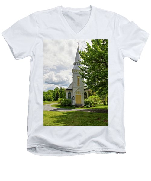 St. Matthew's Chapel Men's V-Neck T-Shirt