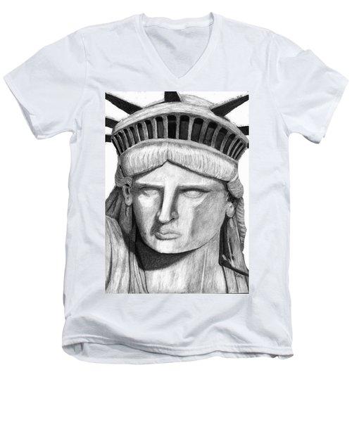Statue Of Liberty Selfie Men's V-Neck T-Shirt