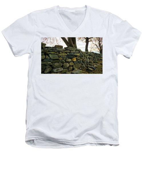 Stone Wall, Colt State Park Men's V-Neck T-Shirt