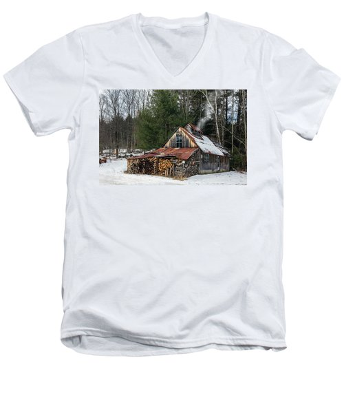 Sugar King's Smokehouse Men's V-Neck T-Shirt