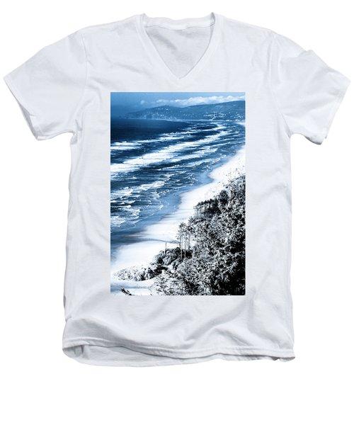 Summer Waves Cape Lookout Oregon Coast Men's V-Neck T-Shirt
