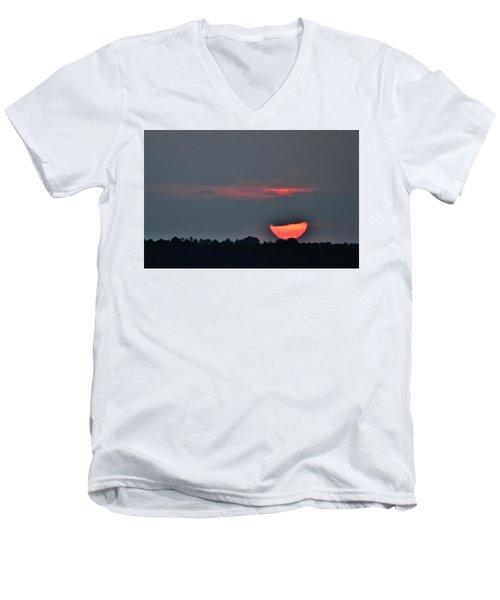 Sun Going Down Men's V-Neck T-Shirt