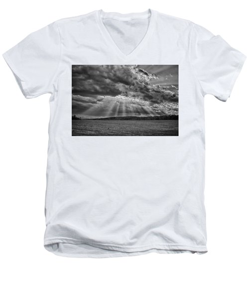 Sun Rays Over Vann's Valley Men's V-Neck T-Shirt