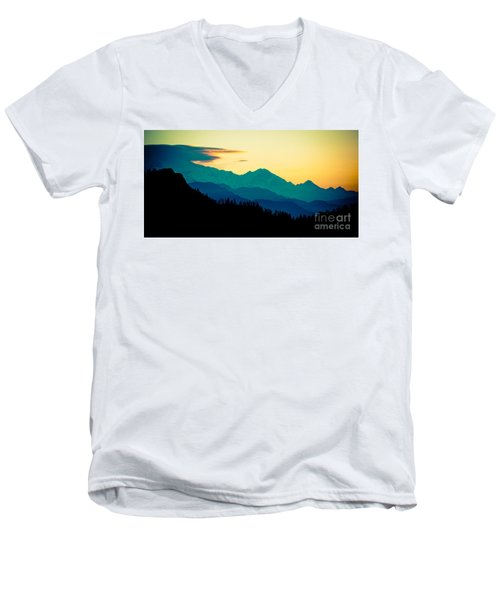 Sunrise In Himalayas Annapurna Yatra Himalayas Mountain Nepal Poon Hill Men's V-Neck T-Shirt