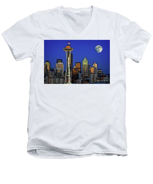 Super Moon Over Seattle Men's V-Neck T-Shirt