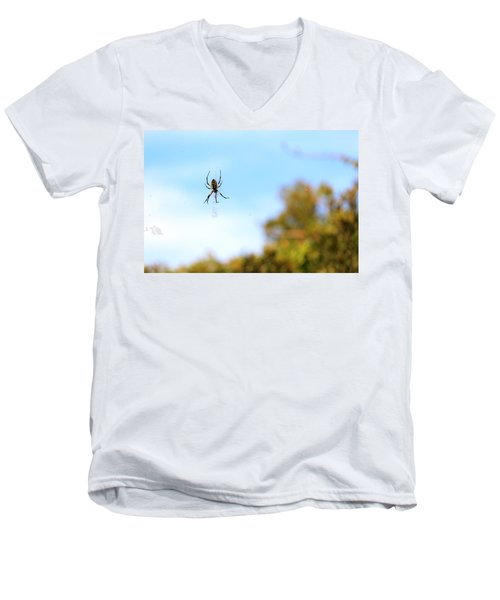 Suspended Spider Men's V-Neck T-Shirt