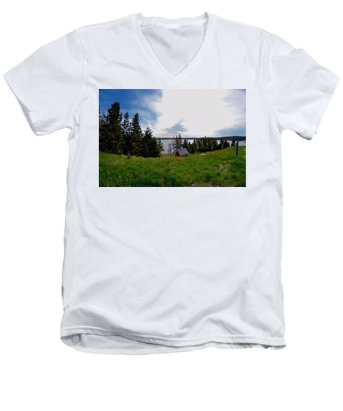 Swans Island Bay Men's V-Neck T-Shirt