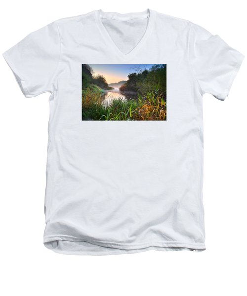 Swiss Valley Reservoir Men's V-Neck T-Shirt