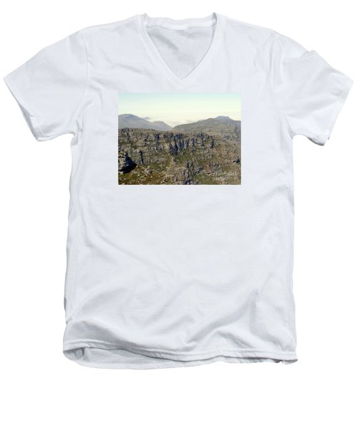 Table Rock View Men's V-Neck T-Shirt